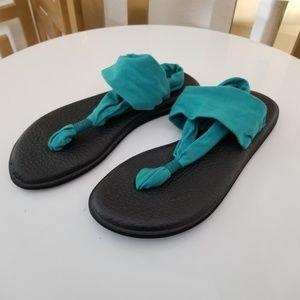 Sanuk Teal Black Fabric Thong Sandals 8